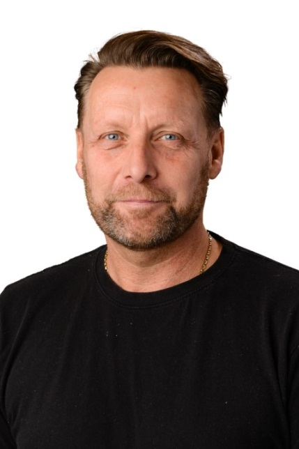 PETER ISAK